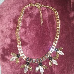 EUC rhinestone black and clear necklace